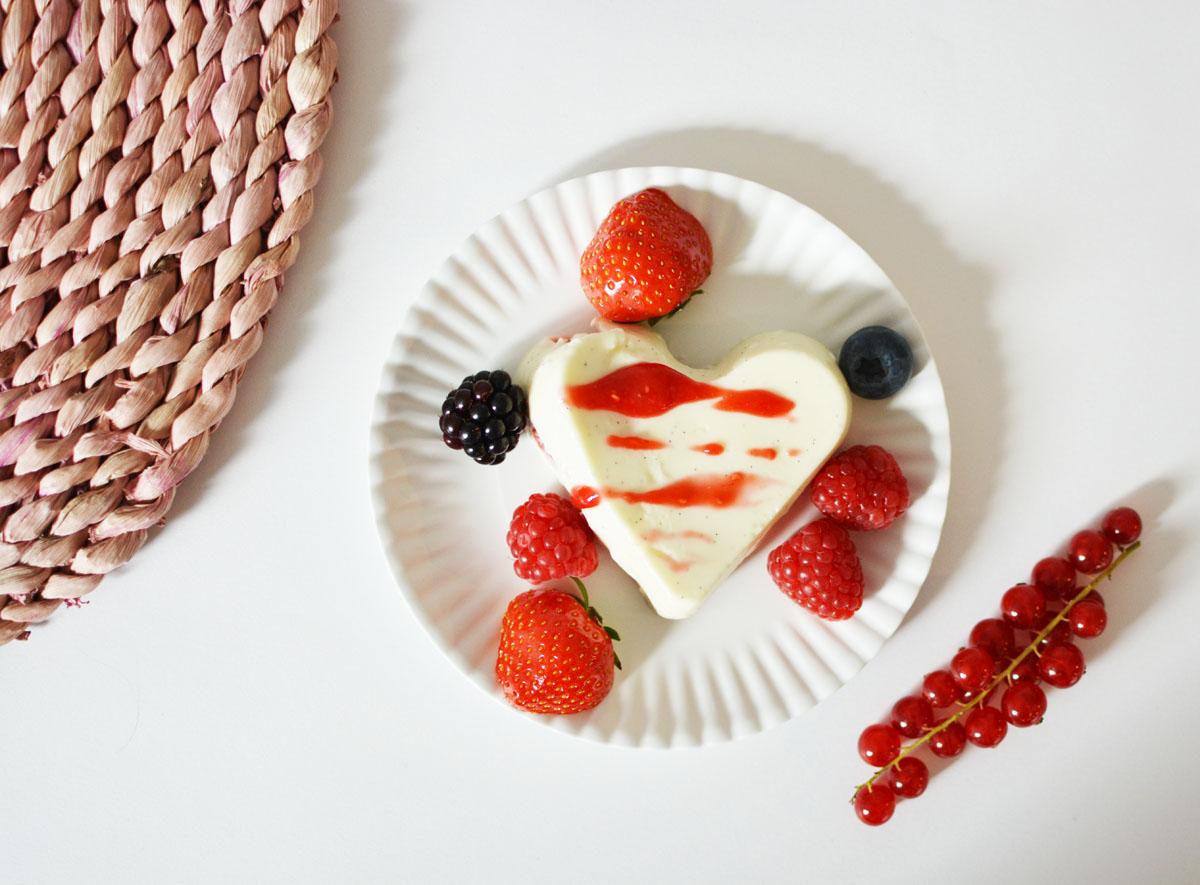 yoghurt-panna-cotta-2