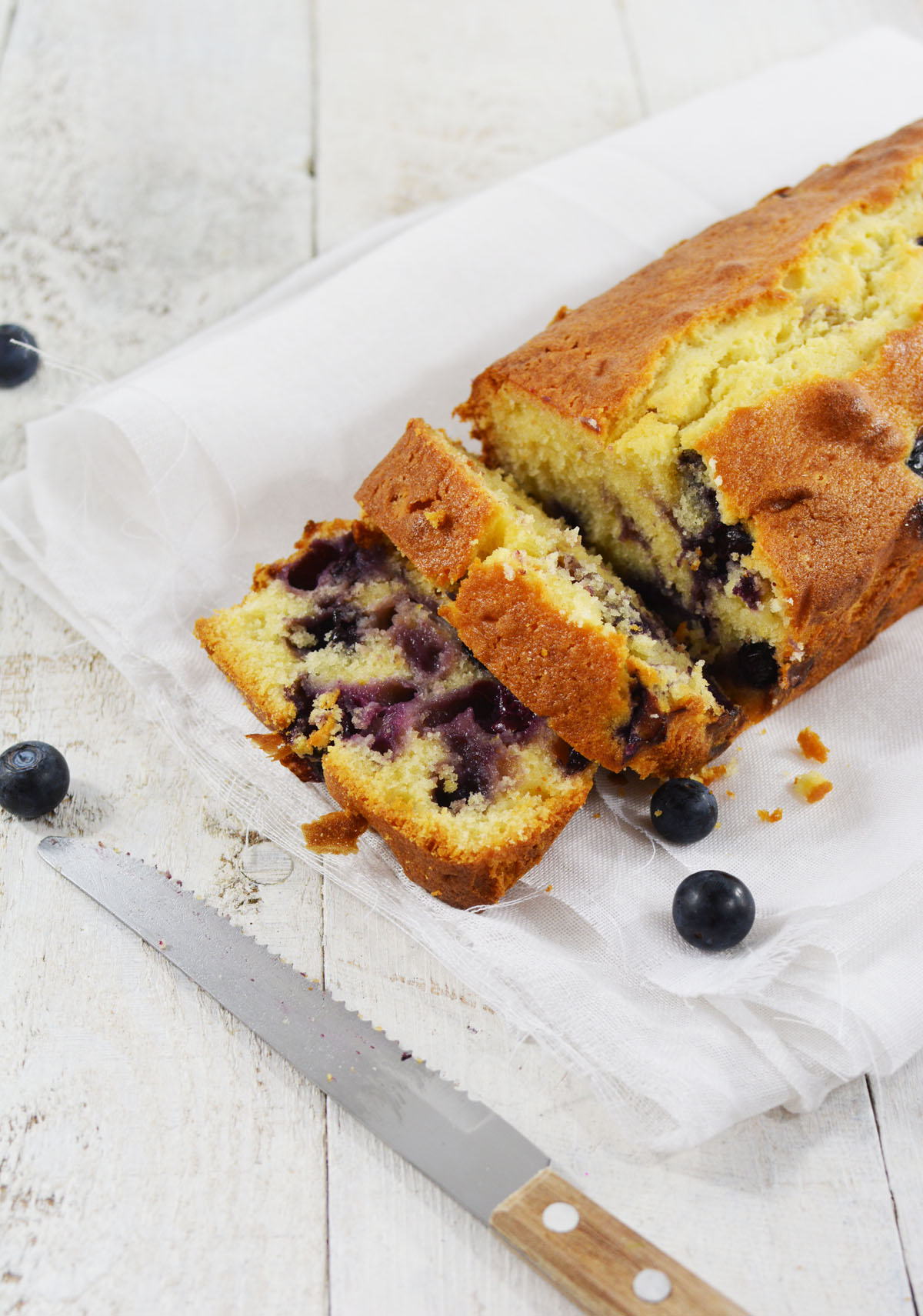Blueberry yoghurt cake 10