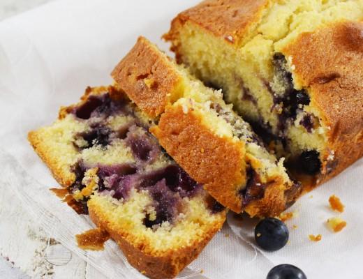 Blueberry yoghurt cake 4