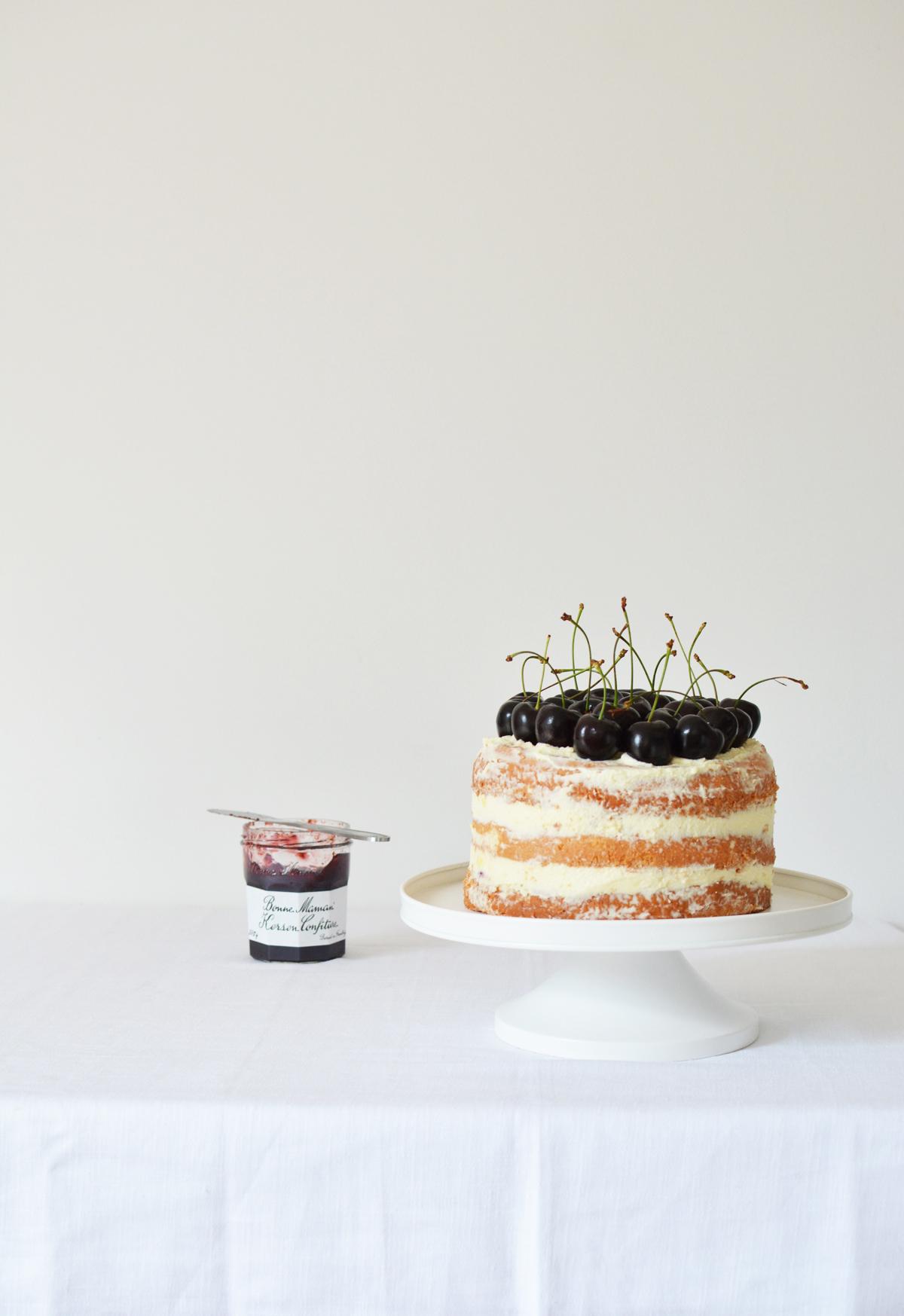 Messy Naked Cake met kersen 5
