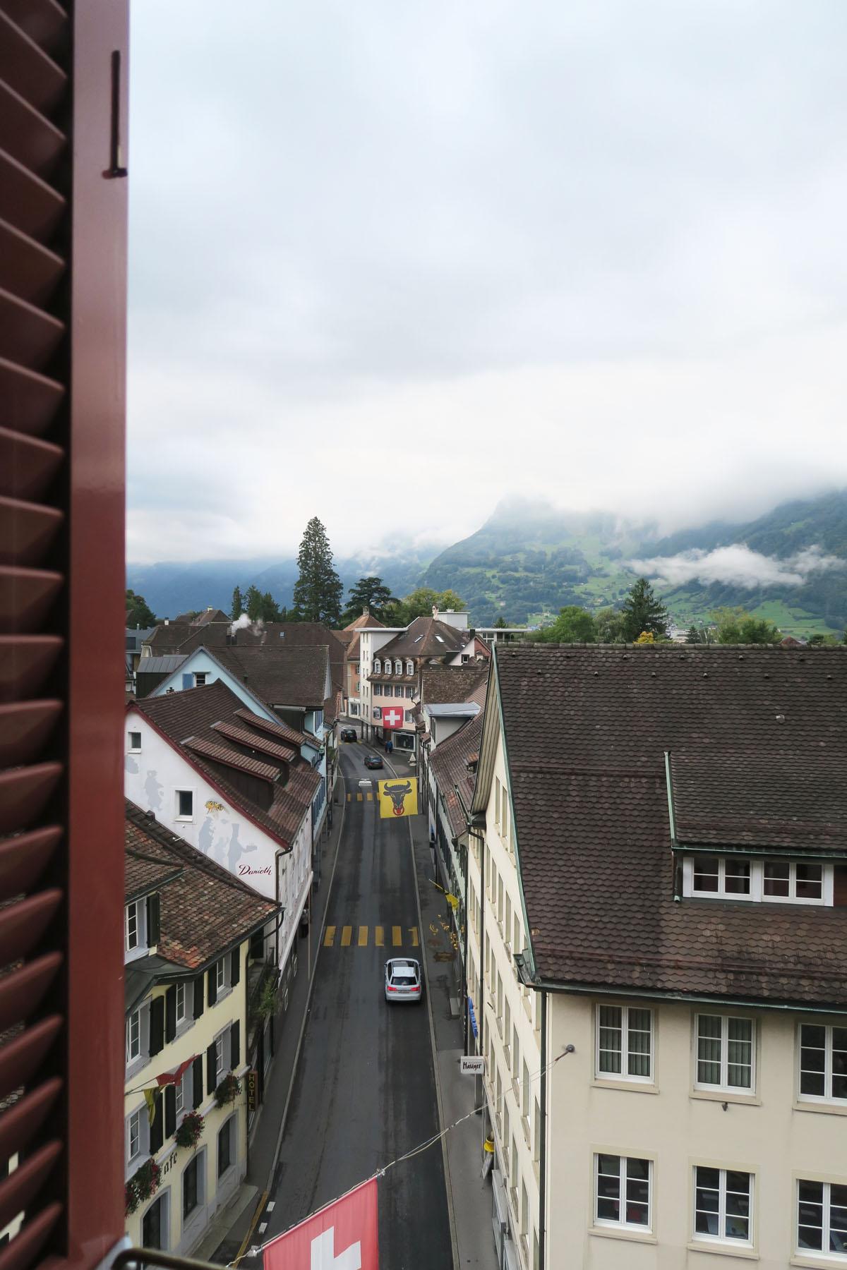 Altdorf 8