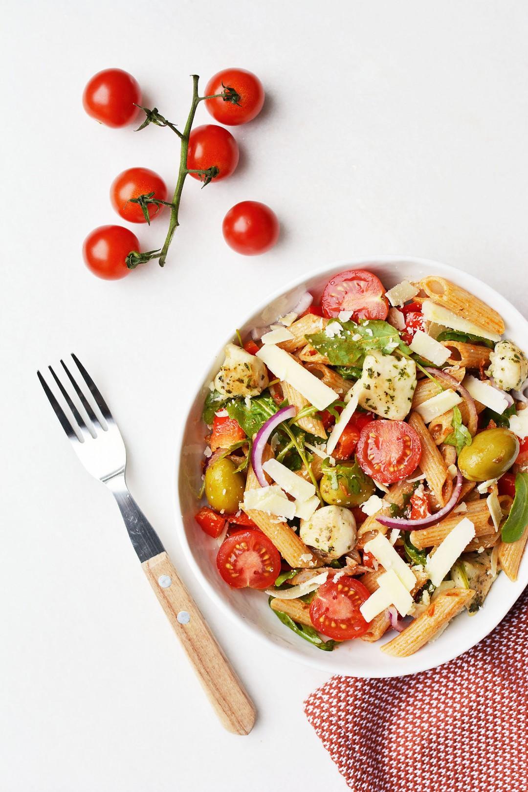 Pasta salade met rode pesto 9 2