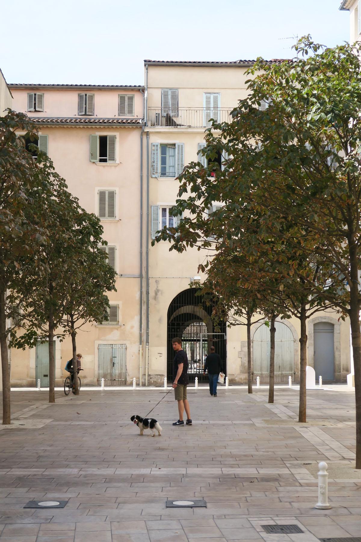 Toulon 76