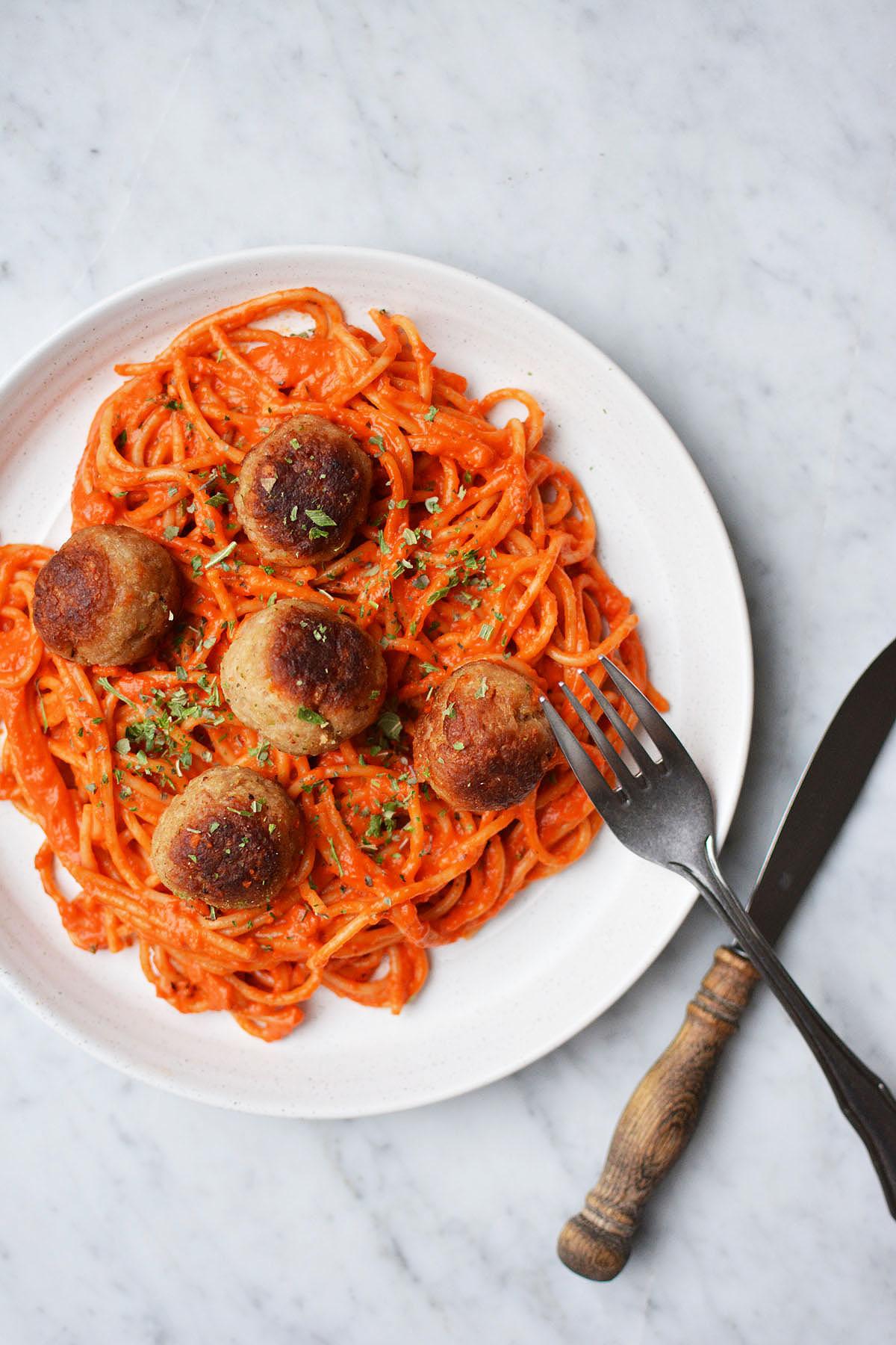 Spaghetti met geroosterde paprikasaus 11