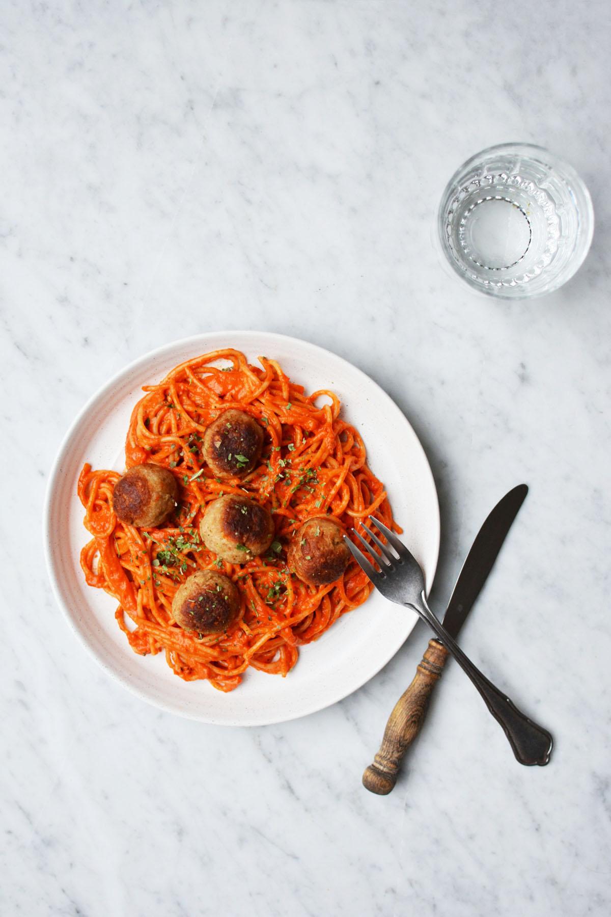 Spaghetti met geroosterde paprikasaus 15