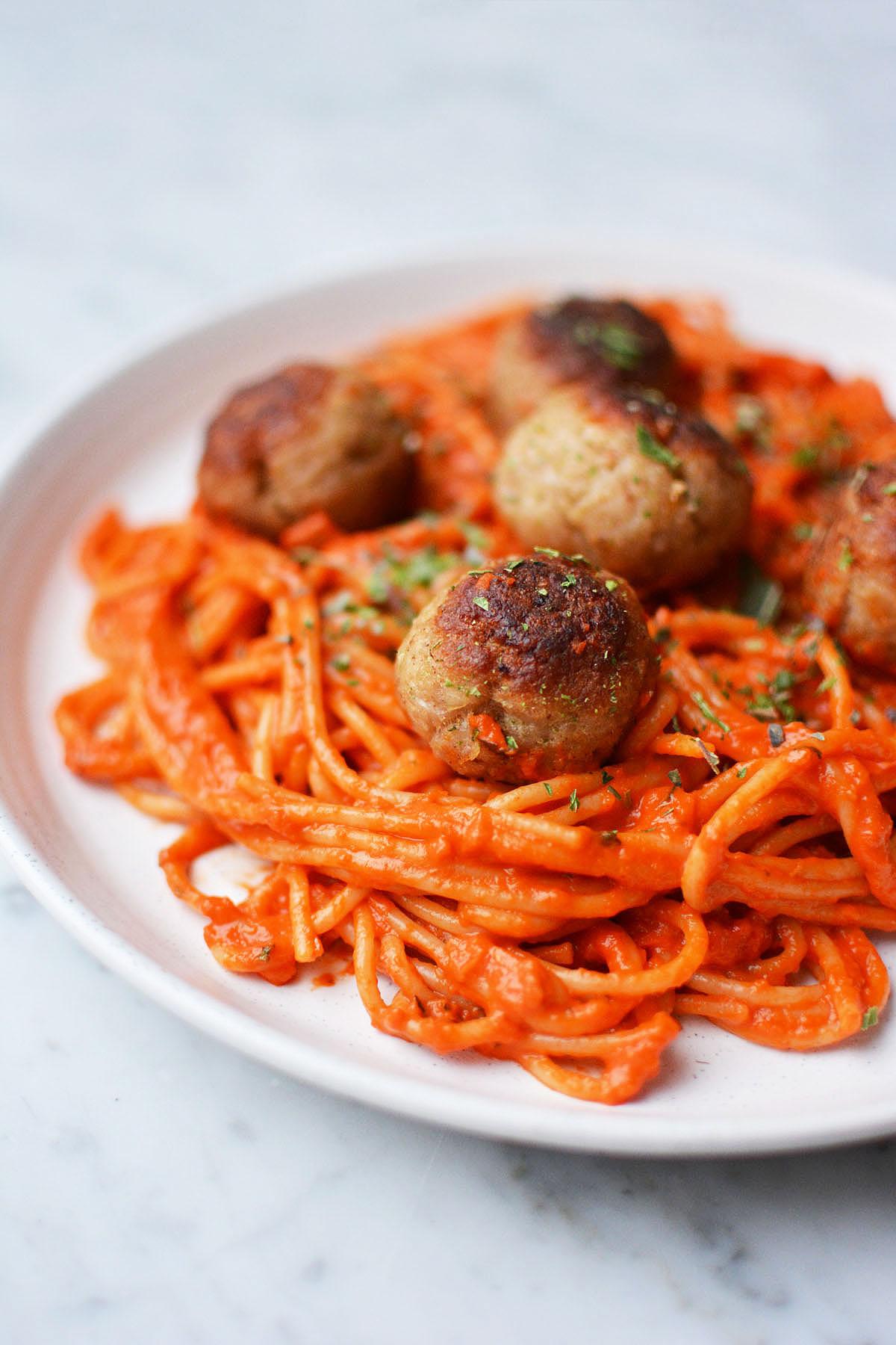 Spaghetti met geroosterde paprikasaus 19