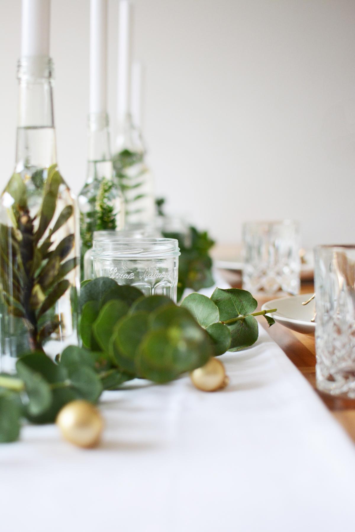 Kersttafel met eucalyptus 21