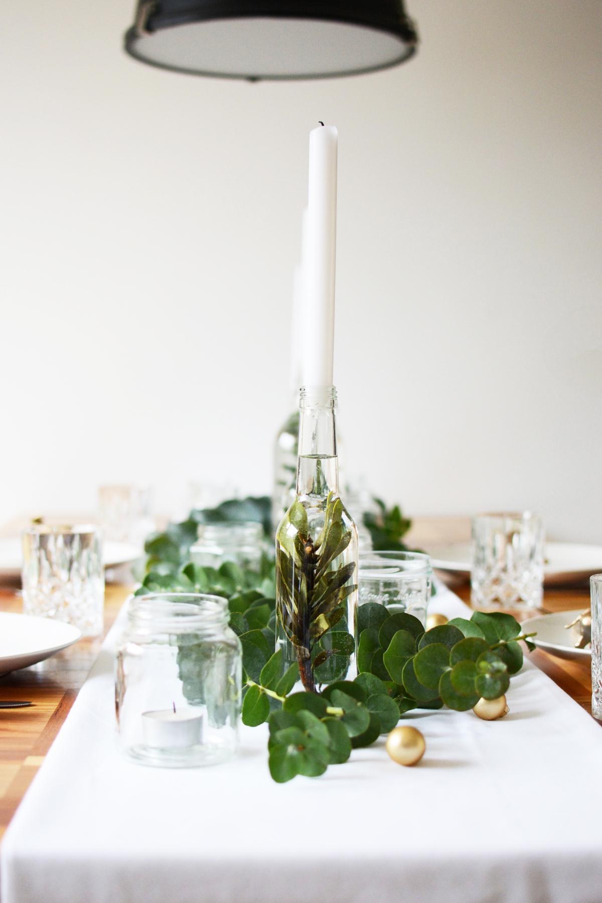 Kersttafel met eucalyptus 6